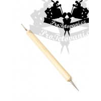 Redrawing pen for better transfer of the tattoo motif